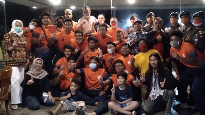 Tim Sofbol DKI Jakarta Target Medali Emas Dilepas Kepala Badan Koordinator Pusat FKBN