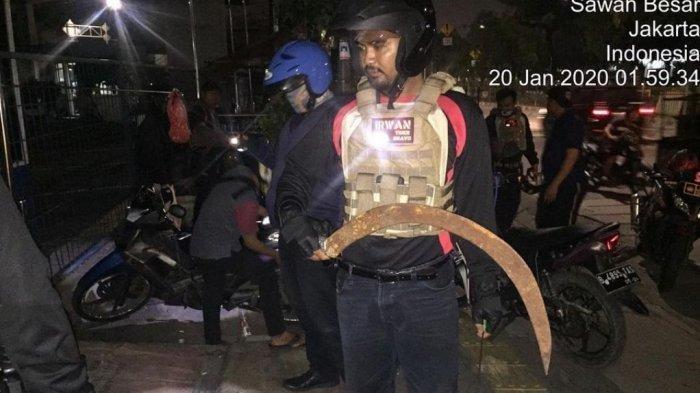 Kepergok Bawa Senjata Tajam, 4 Pemuda di Jakarta Utara Ini Ditangkap Polisi
