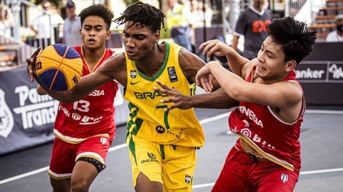 Timnas Bola Basket Putera 3x3 Indonesia U-18 Tampil Ngotot Saat Berhadapan dengan Brasil