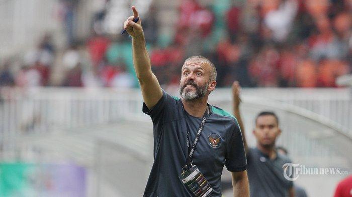 Mantan Pelatih Persija Jakarta, Eduardo Perez, Dirumorkan Gantikan Seto Nurdiantoro di PSS Sleman