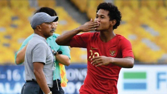 Striker Timnas U-16 Indonesia, Amiruddin Bagus Kahfi Alfikri melakukan selebrasi usai mencetak gol ke gawang Timnas U-16 Iran pada laga pertama Grup A Piala Asia U-16 2018 di Stadion Nasional Bukit Jalil, Malaysia, Jumat (21/9/2018) sore WIB.