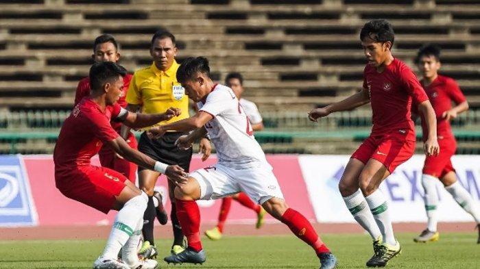 Pelatih Vietnam Kambing Hitamkan Wasit Setelah Kalah dari Timnas U-22 Indonesia