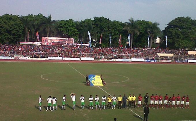 Alfin Tuasalamony Ingin Bermain di Persib Bandung