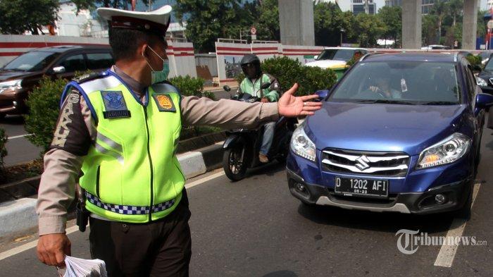 Mulai Senin, Aturan Ganjil Genap Kembali Diberlakukan di Jalan Benyamin Sueb
