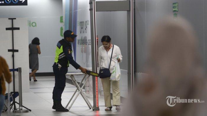Virus Corona Bikin Penumpang MRT Turun Drastis, di Akhir Pekan Cuma 5.000-an Orang