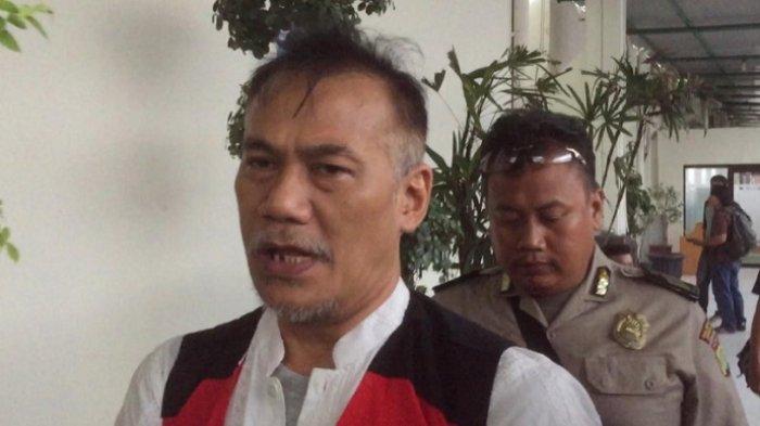 Tio Pakusadewo usai menjalani sidang di Pengadilan Negeri Jakarta Selatan, Kamis (12/7/2018)