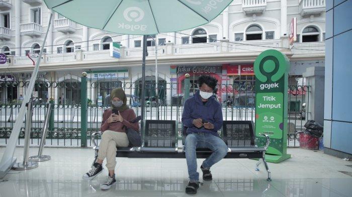 Naik Transportasi Umum Kini Makin Mudah, Gojek Jadi Bagian Stasiun Terpadu