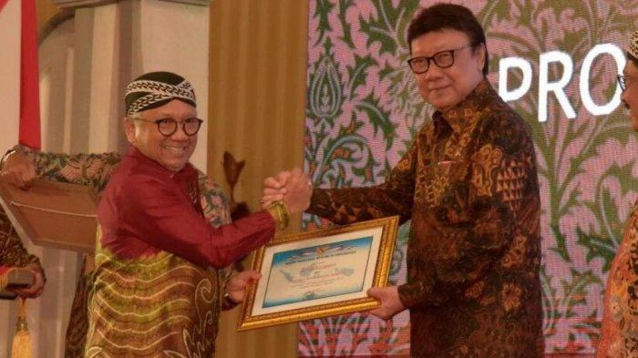 Atensi H Sahbirin Noor Hantarkan Pemprov Kalsel   Raih ANRI Award