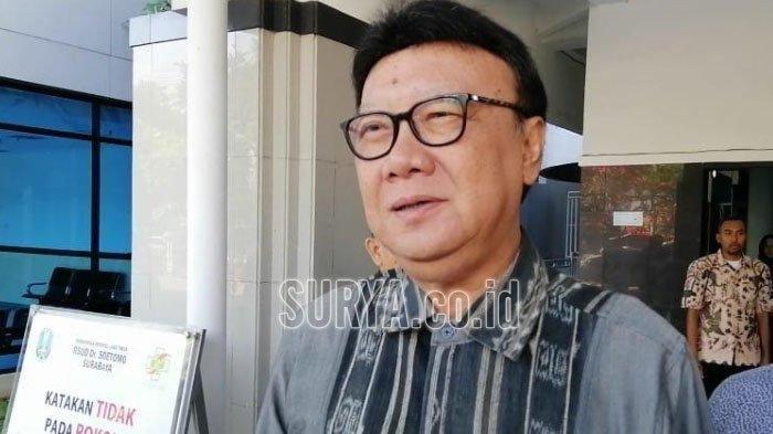 Jenguk Wali Kota Surabaya Tri Rismaharini, Mendagri Minta Doa Kepada Masyarakat