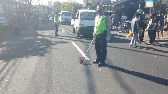KRONOLOGI Pria di Bali Tewas Setelah Tersangkut Benang Layangan, Motornya Oleng & Tabrak Alat Berat