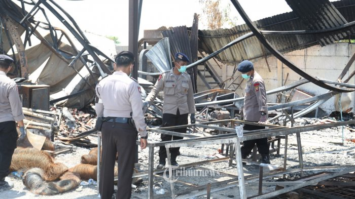 8 Korban Kebakaran Pabrik Kembang Api Masih Dirawat