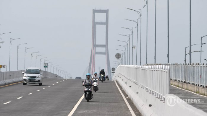 Gasak Honda Scoopy, Pencuri Motor Nekat Lompat dari Jembatan Suramadu, Takut karena Dikepung Warga