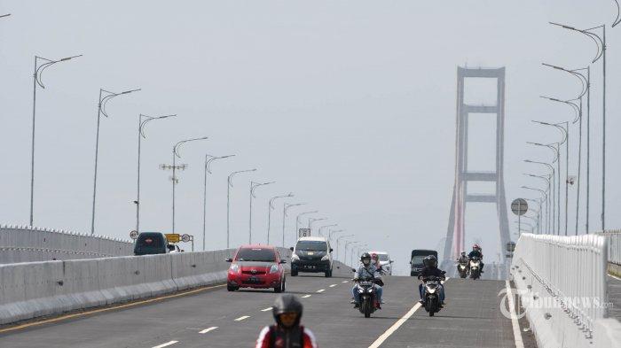 Lonjakan Kasus Covid-19 di Bangkalan: Data Corona Terkini hingga Penyekatan di Jembatan Suramadu