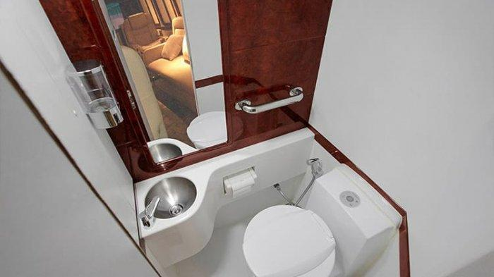 Toilet mewah di bus
