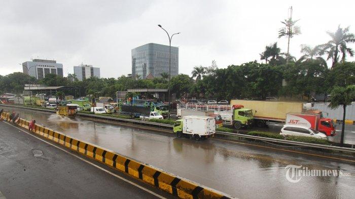 37 Ribu Lebih Pelanggan Terdampak Banjir Masih Mengalami Pemadaman Listrik