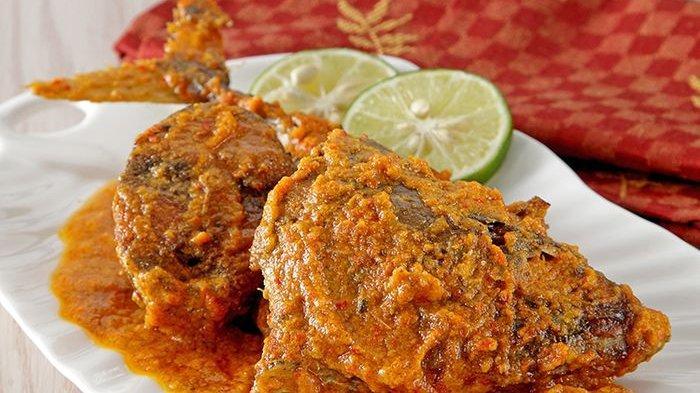 5 Resep Masakan Berbahan Ikan, Ada Tongkol Bumbu Gulai, Dilengkapi Cara Goreng Ikan agar Tak Lengket