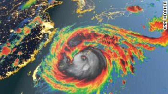 Topan Maysak diperkirakan akan menguat saat bergerak menuju Jepang dan Semenanjung Korea