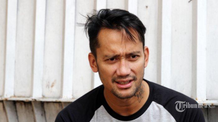 Tora Sudiro Paling Takut Ketemu Ibu-ibu Ketimbang Anak Punk