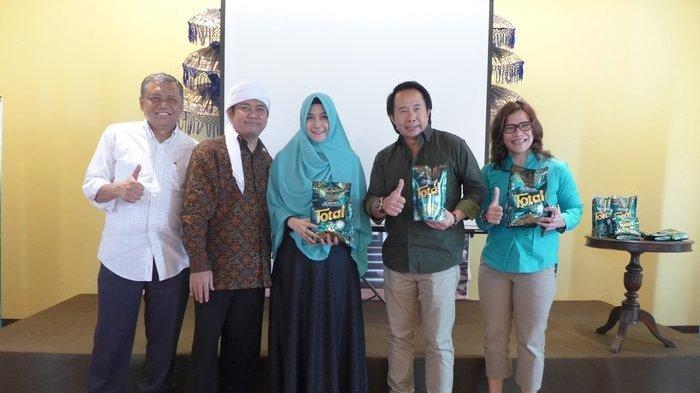 Total Almeera, Deterjen Halal Pertama di Indonesia