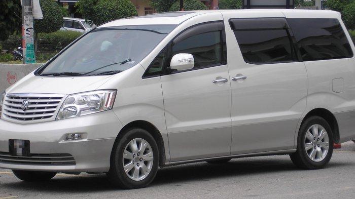Toyota Alphard Generasi Pertama