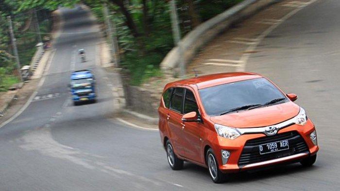 Mulai Dari Rp 60 Jutaan, Daftar Lengkap Harga Mobik Bekas Andalan Taksi Online