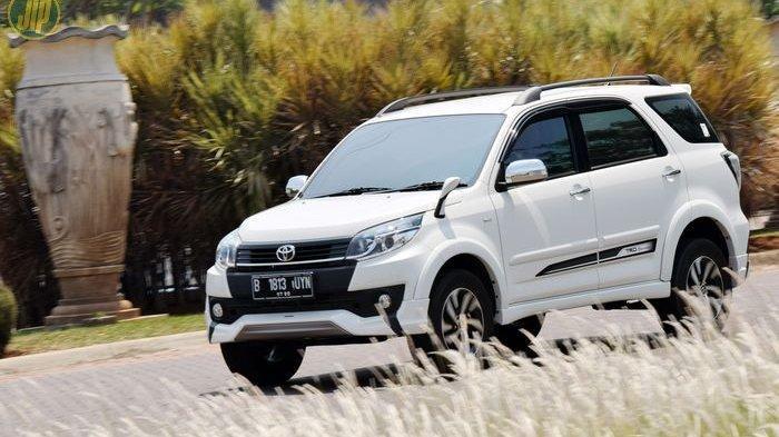 Harga Mobil Bekas Toyota Rush Mulai Rp 90 Jutaan Mobil Generasi Pertama Di Indonesia Tribunnews Com Mobile