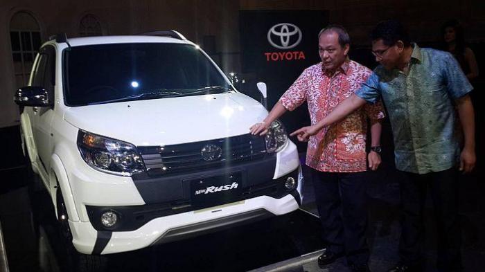 Pembeda Nyata Toyota Rush Facelift Ada di Moncongnya