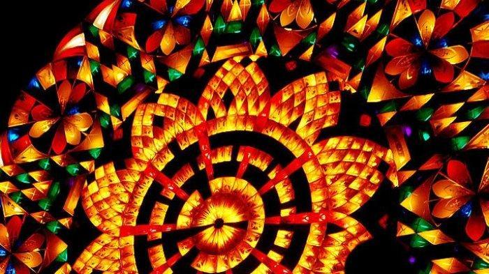 Lampion untuk tradisi Natal di Filipina.