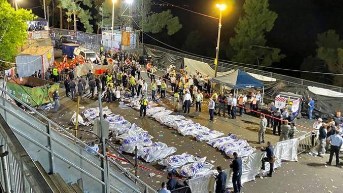 Perdana Menteri Israel Benjamin Netanyahu Dilempari Botol saat Kunjungi Lokasi Tragedi Lag B'Omer