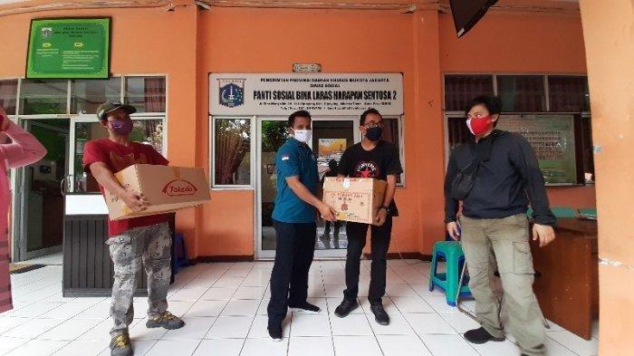 Cegah Penyebaran Corona, Tribunnews dan Kitabisa.com Donasikan Obat dan Suplemen ke Panti Sosial