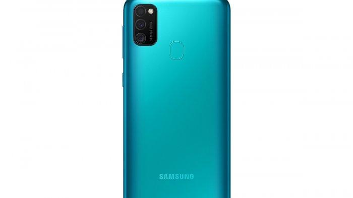 Triple Camera 48 MP di Bodi belakang Samsung Galaxy M21.