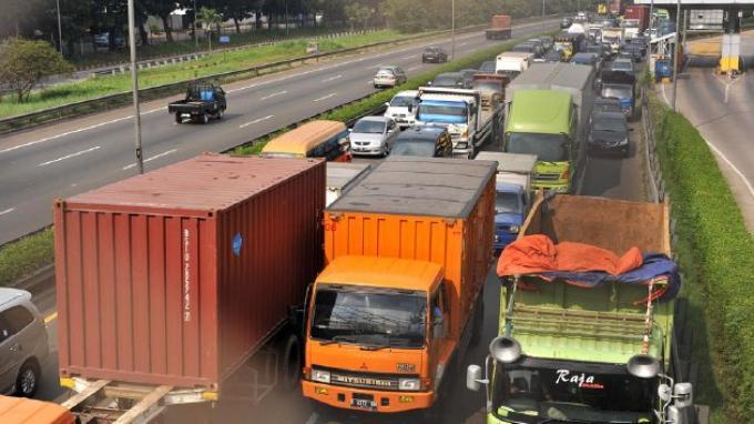 Peningkatan Kecepatan Arus Transportasi Terjadi Saau Uji Coba Pembatasan Angkutan Barang
