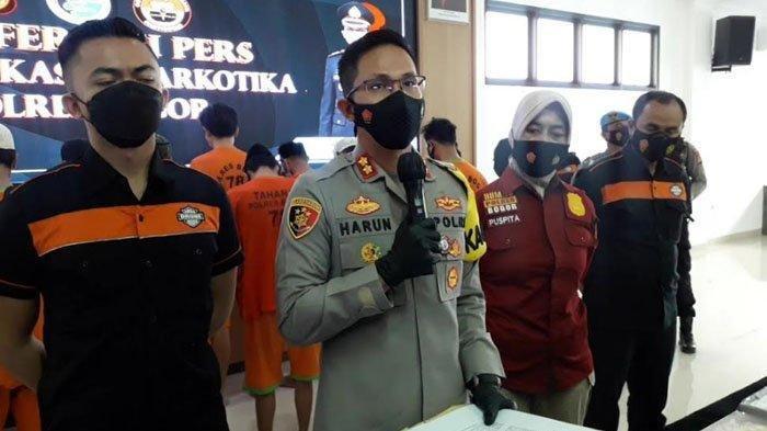 Kapolres Bogor AKBP Harun dalam jumpa pers pengungkapan kasus narkoba Polres Bogor dalam dua pekan terakhir, Kamis (29/4/2021).