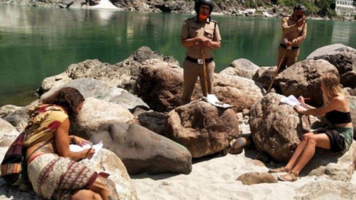Turis di India dihukum, diminta menulis permintaan maaf 500 kali