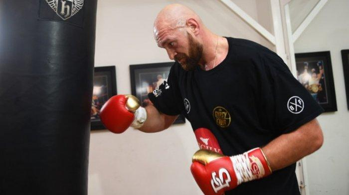 Tyson Fury Siap Hadapi Anthony Joshua di Arab Saudi Tanggal 14 Agustus