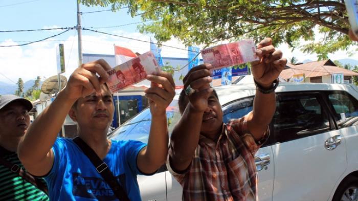 Ada Uang Palsu Terselip di Gaji Honorer DPRD Boltim