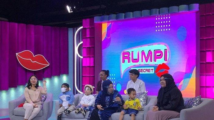 Sudah Tak Laku di TV, Ini Sumber Penghasilan Ucok Baba Sekarang untuk Nafkahi Istri dan 5 Anaknya