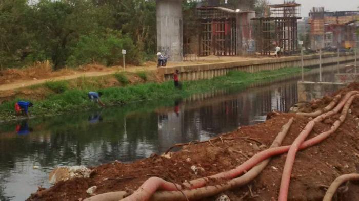 Tercemar Limbah, Warga Tidak Takut Konsumsi Udang Mabuk di Kalimalang 