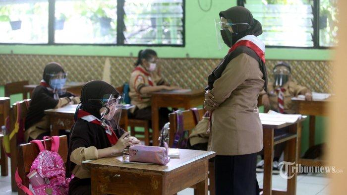Wagub DKI: Cuma 20 Persen Orang Tua Murid SMP-SMA yang Izinkan Anaknya Belajar di Sekolah