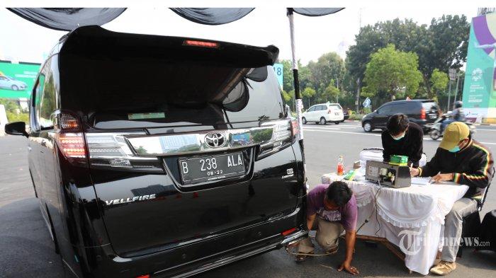 Pemprov DKI Kini Wajibkan Motor dan Mobil Berusia 3 Tahun di Jakarta Uji Emisi