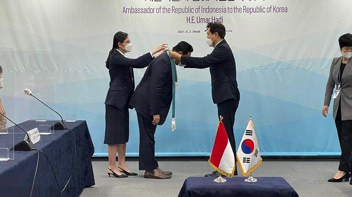 Dubes RI Umar Hadi Dianugerahi Warga Kehormatan Kota Seoul
