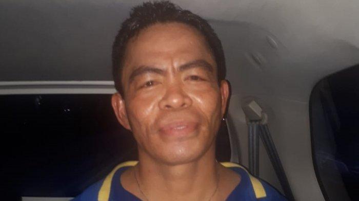 Umar Kei saat ditangkap oleh jajaran petugas Polda Metro Jaya