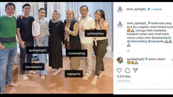 Adit Jayusman tidak ada saat foto bersama pihak wedding