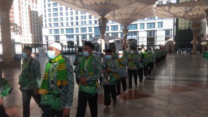 Rombongan Jemaah Umrah Penghargaan KSAD Jalani Karantina Setiba di Madinah