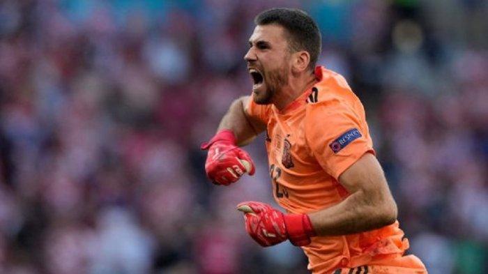 Bawa Spanyol ke Semifinal Euro 2021, Unai Simon Tetap Memuji Penampilan Yann Sommer