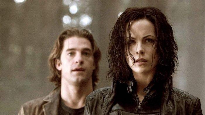 Selene dan Michael saat berjuang melindungi masa depan garis keturunan Corvinus dari masa lalu yang tersembunyi.