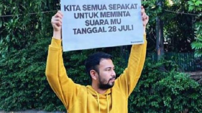 Raffi Ahmad dan Kolega Bikin Heboh Usai Unggah Foto Poster Bertuliskan 'Kutunggu Suaramu'