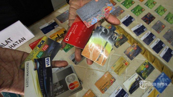 Baru Pacaran Kenal di Facebook, Cewek Cantik Kuras ATM Karyawan Bank Rp 100 Juta