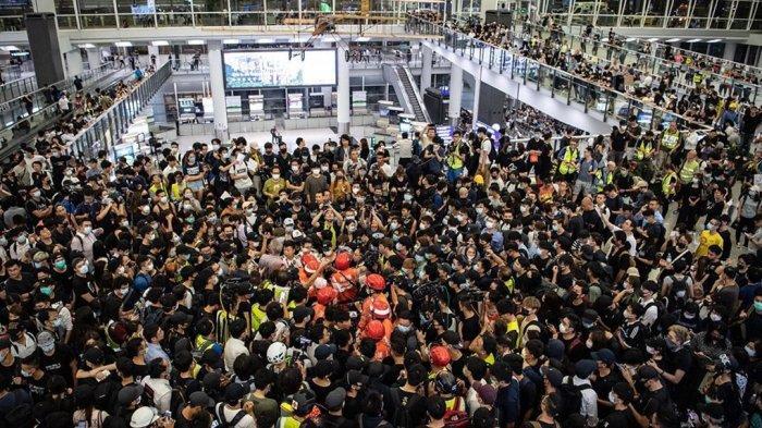 Demo Terjadi di Bandara, Ini 7 Maskapai yang Batalkan Penerbangan dari dan ke Hong Kong