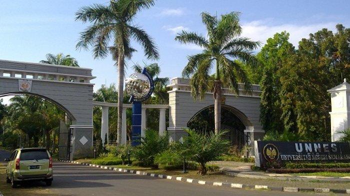 Gerbang masuk kampus Universitas Negeri Semarang (Unnes).